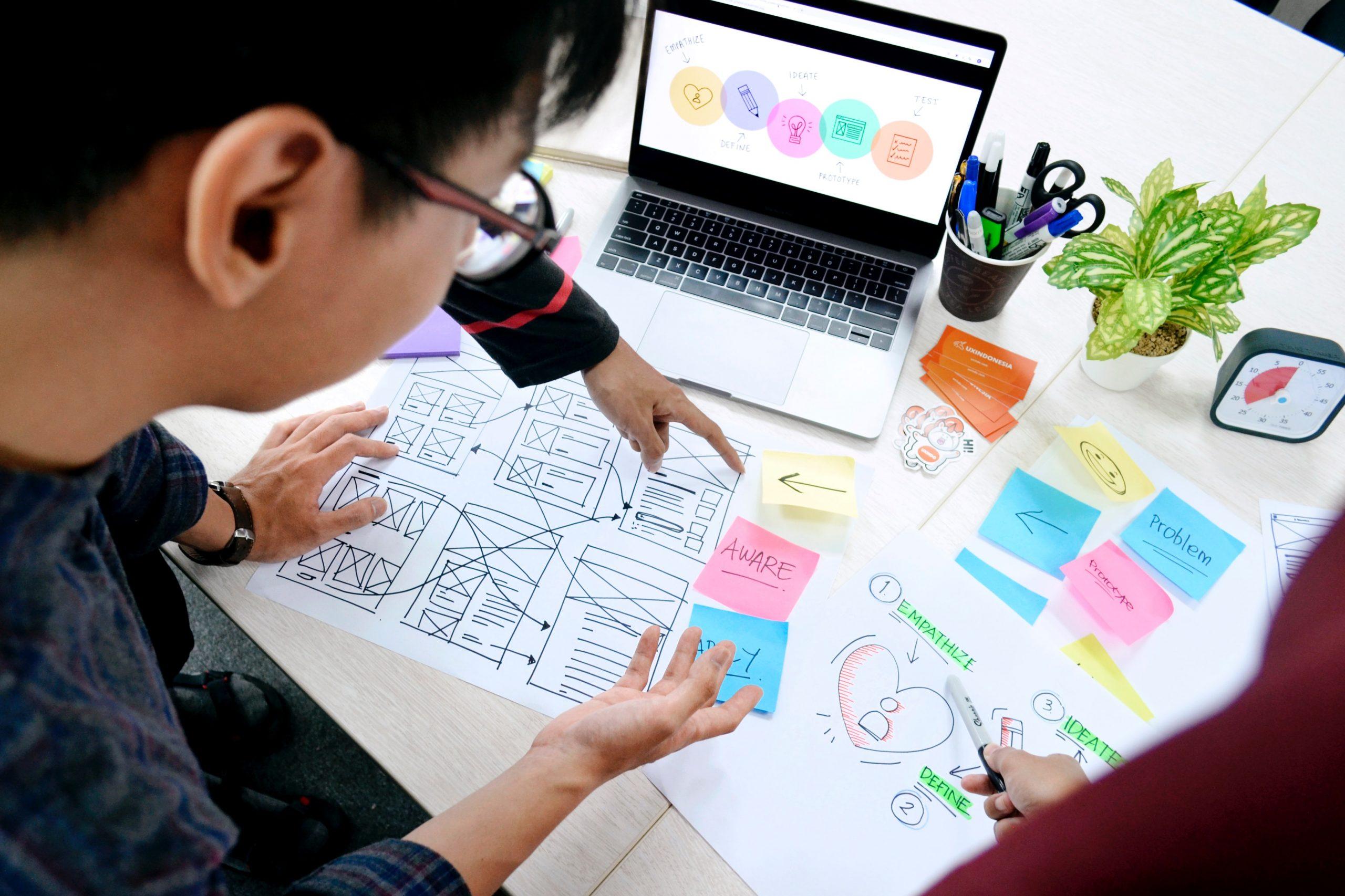 Smart Office Anwendungen stehen bei Smart Building Projekten im Fokus. Aber wie lässt sich die Akzeptanz der Nutzer steigern Mehr dazu gibt es hier.